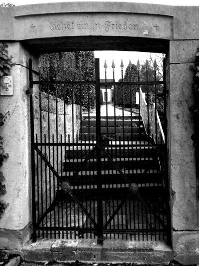 Das Friedhofstor in Bahnbrücken